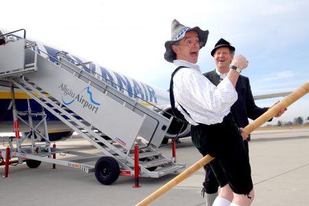 Michael O´Leary Ryanair zu Gast bei Allgäu Airport, Pressekonferenz mit ehemaligem Landrat Hermann Haisch